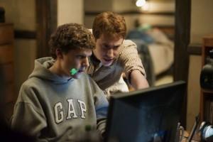 """""""A rede social"""" conta a história do fundador do Facebook. File ganhou três estatuetas no Oscar"""
