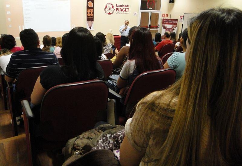 Palestra com o Professor Hoo, realizada em 2014: motivação para administrar!
